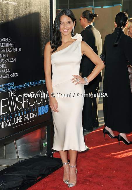 Olivia Munn  at  Newsroom Premiere at the Arclight Theatre in Los Angeles.