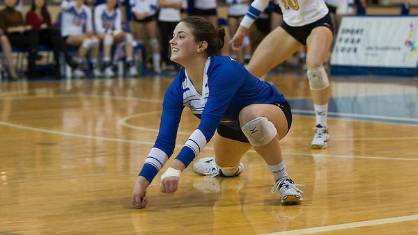 VANCOUVER,BC: FEBRUARY 12, 2016 -- Canada West women's volleyball action between the UBC Thunderbirds and Saskatchewan Huskies at UBC's War Memorial Gymnasium in Vancouver, BC, February 12, 2016. (Rich Lam/UBC Athletics Photo) <br /> <br /> ***MANDATORY CREDIT***