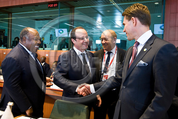BRUSSELS - BELGIUM - 02 April 2014 -- EU - Africa Summit. -- Francois (François) HOLLANDE, President of France greeting Jyrki KATAINEN, Prime Minister of Finland with Ali Bongo Ondimba, President of Gabon. -- PHOTO: Juha ROININEN / EUP-IMAGES