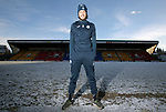 St Johnstone&rsquo;s Murray Davidson pictured at a very cold and snowy McDiarmid Park ahead of Saturday&rsquo;s Scottiah Cup game against Albion Rovers&hellip;.18.01.18<br />