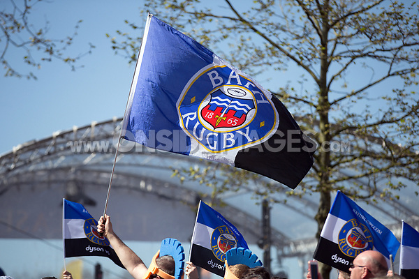 A general view of supporters waiting the arrival of the Bath Rugby team. The Clash, Aviva Premiership match, between Bath Rugby and Leicester Tigers on April 8, 2017 at Twickenham Stadium in London, England. Photo by: Rogan Thomson / JMP for Onside Images
