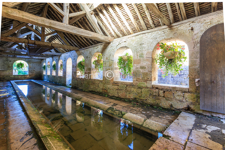 France, Yonne(89), Noyers-sur-Serein, ou Noyers, labellis&eacute; Les Plus Beaux Villages de France, le lavoir // France, Yonne, Noyers or Noyers sur Serein, labelled Les Plus Beaux Villages de France (The Most beautiful<br /> Villages of France), lavoir