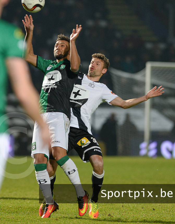 20161217 - ROESELARE , BELGIUM : duel pictured between Roeselare's Lukas Van Eenoo (r) and Cercle's Yvan Yagan (left) during the Proximus League match of D1B between Roeselare and Cercle Brugge, in Roeselare, on Saturday 17 December 2016, on the day 20 of the Belgian soccer championship, division 1B. . SPORTPIX.BE | DAVID CATRY