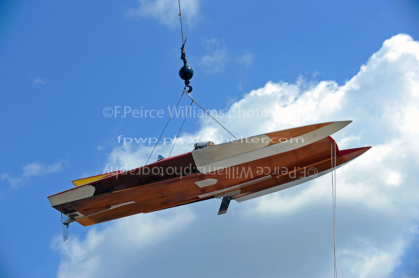 "GP-25 ""Nordic"" (picklefork Lauterbach Grand Prix hydroplane)is lifted to the water."