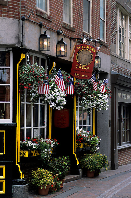 USA, MASSACHUSETTS, BOSTON, HISTORIC FREEDOM TRAIL, OLD TAVERN