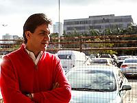 SAO PAULO, 06 DE AGOSTO DE 2012. CAMPANHA GABRIEL CHALITA. O candidato do PMDB a prefeitura de São Paulo, Gabriel Chalita, visita a CEAGESP na manhã desta segunda feira. FOTO: ADRIANA SPACA - BRAZIL PHOTO PRESS
