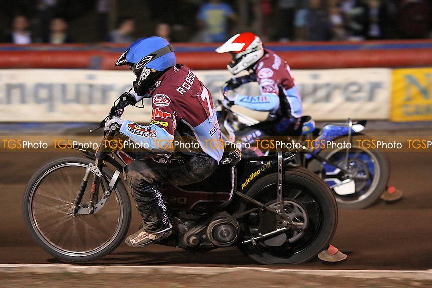 Heat 11: Piotr Swiderski (red) and Stuart Robson - Lakeside Hammers vs Coventry Bees - Sky Sports Elite League Speedway at Arena Essex Raceway, Purfleet - 22//08/09 - MANDATORY CREDIT: Gavin Ellis/TGSPHOTO - Self billing applies where appropriate - Tel: 0845 094 6026