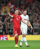 Robert Lewandowski of Bayern Munich & Jan Vertonghen of Spurs during the UEFA Champions League group match between Tottenham Hotspur and Bayern Munich at Wembley Stadium, London, England on 1 October 2019. Photo by Andy Rowland.