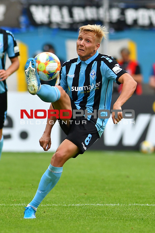 11.08.2019, Carl-Benz-Stadion, Mannheim, GER, DFB Pokal, 1. Runde, SV Waldhof Mannheim vs. Eintracht Frankfurt, <br /> <br /> DFL REGULATIONS PROHIBIT ANY USE OF PHOTOGRAPHS AS IMAGE SEQUENCES AND/OR QUASI-VIDEO.<br /> <br /> im Bild: Dorian Diring (SV Waldhof Mannheim #8)<br /> <br /> Foto © nordphoto / Fabisch