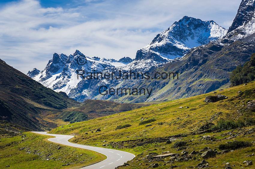 Austria, Tyrol, in Paznaun Valley: Toll-Road 'Silvretta-Hochalpenstrasse'   Oesterreich, Tirol, im hinteren Paznauntal an der Grenze zu Vorarlberg: die mautpflichtige Silvretta-Hochalpenstrasse