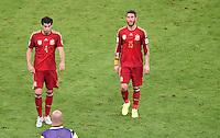 FUSSBALL WM 2014  VORRUNDE    Gruppe B     Spanien - Chile                           18.06.2014 Javi Martinez (li) und Sergio Ramos (re, beide Spanien) sind nach dem Abpfiff enttaeuscht