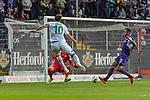 12.10.2018, Stadion an der Bremen Bruecke, Osnabrueck, GER, FSP, 1.FBL, VfL Osnabrueck vs Werder Bremen<br /> <br /> DFL REGULATIONS PROHIBIT ANY USE OF PHOTOGRAPHS AS IMAGE SEQUENCES AND/OR QUASI-VIDEO.<br /> <br /> im Bild / picture shows<br /> Max Kruse (Werder Bremen #10) mit Torschuss, Felix Schiller (VfL Osnabrueck #25), <br /> <br /> Foto © nordphoto / Ewert
