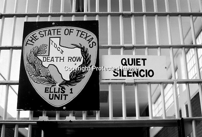 A sign at the entrance to the Death Row unit on April 16, 1997 at Ellis Unit in Huntsville, Texas USA. Texas has about 450 prisoners on death row. The state leads all records in executing people around the US. The prisoners are executed by lethal injection. (Photo by: Per-Anders Pettersson).....