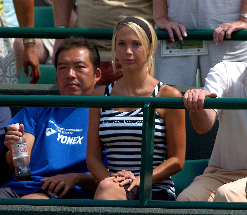 Photo: Richard Lane..Wimbledon Championships. 03/07/2006. .Leyton Hewitt's wife, Rebecca Cartwright.