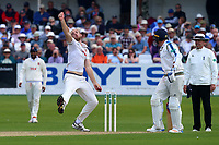 Paul Walter in bowling action for Essex during Yorkshire CCC vs Essex CCC, Specsavers County Championship Division 1 Cricket at Scarborough CC, North Marine Road on 7th August 2017