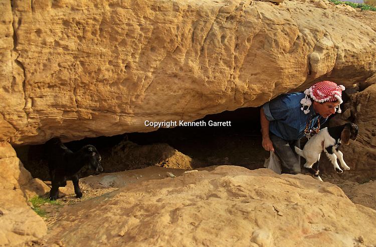 Copper ore, Wadi Faynan,western Jordan, Copper Age site