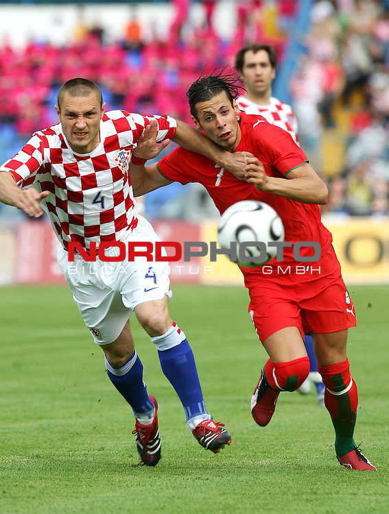 Robert Kovac (born April 6, 1974 in West Berlin, West Germany) is a Croatian football defender who is currently plays for German soccer team Borussia Dortmund.<br /> <br /> <br /> <br /> Foto &copy; nph (  nordphoto  )