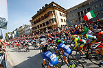 The start of the Women Elite Road Race of the 2018 UCI Road World Championships running 156.2km from Kufstein to Innsbruck, Innsbruck-Tirol, Austria 2018. 29th September 2018.<br /> Picture: Innsbruck-Tirol 2018/BettiniPhoto | Cyclefile<br /> <br /> <br /> All photos usage must carry mandatory copyright credit (&copy; Cyclefile | Innsbruck-Tirol 2018/BettiniPhoto)