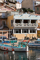 """Europe/France/Provence-Alpes-Côte d'Azur/13/Bouches-du-Rhône/Marseille: Restaurant  """"Chez Fonfon"""" au vallon des Auffes"""