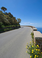 ITA, Italien, Sizilien, Liparischen Inseln, Hauptinsel Lipari, Panoramastrasse fuehrt um die Insel herum | ITA, Italy, Sicily, Aeolian Islands or Lipari Islands, main island Lipari, ring road with panoramic views