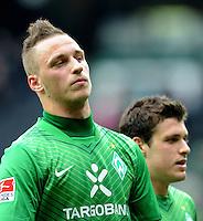 FUSSBALL   1. BUNDESLIGA   SAISON 2011/2012   32. SPIELTAG SV Werder Bremen - FC Bayern Muenchen               21.04.2012 Marko Arnautovic (li) und Zlatko Junuzovic (re, beide SV Werder Bremen) sind nach dem Abpfiff enttaeuscht