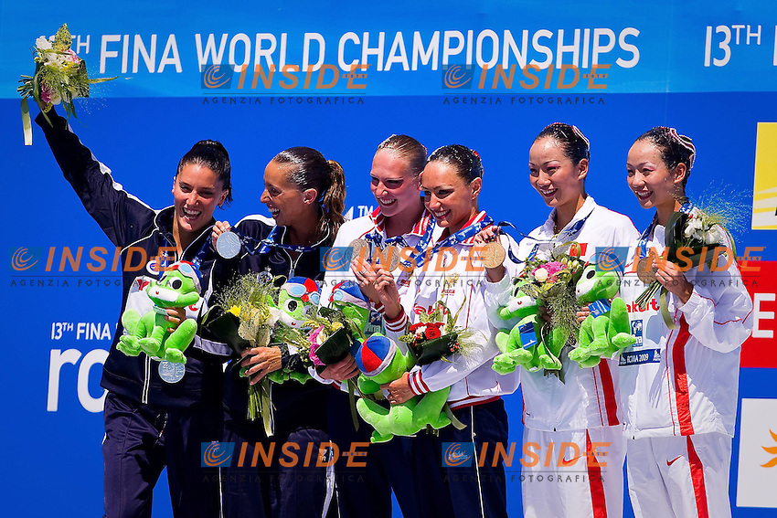 Roma 21th July 2009 - 13th Fina World Championships From 17th to 2nd August 2009.Synchronized swimming - Technical duet finals.The podium: Spain (Silver medal), Russia (Gold medal) and China (Bronze medal)...photo: Roma2009.com/InsideFoto/SeaSee.com