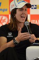 SAO PAULO SP, 04 Maio 2013 - Formula Indy  -   treino livre para a Itaipava São Paulo Indy 300 Nestlé no autódromo de rua do Anhembi na zona norte de Sao Paulo, neste sábado , 04. na foto Bia Figueredo em entrevista coletiva (FOTO: ALAN MORICI / BRAZIL PHOTO PRESS).