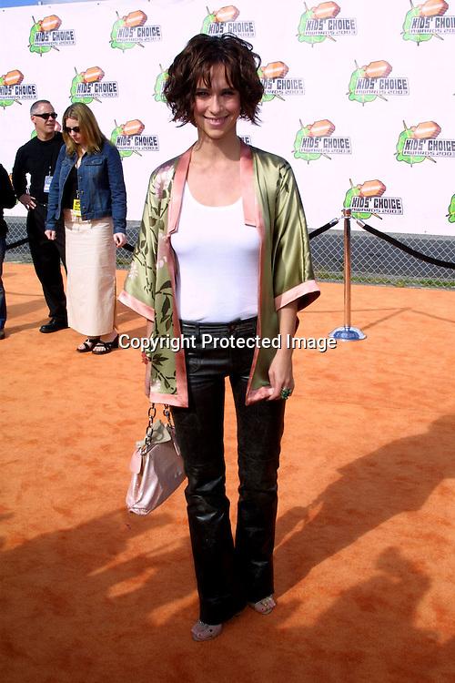 ©2003 KATHY HUTCHINS / HUTCHINS PHOTO.2003 NICKELODEON KID'S CHOICE AWARDS.SANTA MONICA, CA.APRIL 12, 2003..JENNIFER LOVE HEWITT