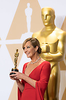 Allison Janney poses backstage with the Oscar&reg; for Best Performance by an Actress in a Supporting Role for work on &ldquo;I, Tonya&rdquo; during the live ABC Telecast of The 90th Oscars&reg; at the Dolby&reg; Theatre in Hollywood, CA on Sunday, March 4, 2018.<br /> *Editorial Use Only*<br /> CAP/PLF/AMPAS<br /> Supplied by Capital Pictures
