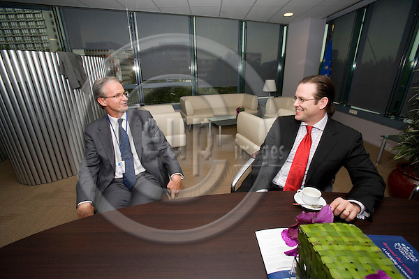 BRUSSELS - BELGIUM - 14 MAY 2009 -- The Swedish EU Ambassador ChristianDANIELSSON (Le) and Anders BORG (Ri), Minister of Finance, Sweden, having an meeting in the VIP room of the EC building Charlemagne.  Photo: Erik Luntang/EUP-IMAGES