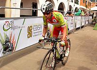 BOYACA - COLOMBIA: 10-09-2016. Un ciclista de Sogamoso Incluyente durante la cuarta etapa CRI, 30 kms, de la 38 versión de la vuelta Ciclista a Boyaca 2016 que se corre entre Sutamarchan y Samacá. La prueba se corre entre el  7 y el 11 septiembre de 2016./ A cyclist of Sof¿gamoso Incluyente during the fourth stage ITT, 30 kms, of the Vuelta a Boyaca 2016 that took place between villages of Sutamarchan and Samaca. The race is held between 7 and 11 of September of 2016 . Photo:  VizzorImage/ José Miguel Palencia / Liga Ciclismo de Boyaca