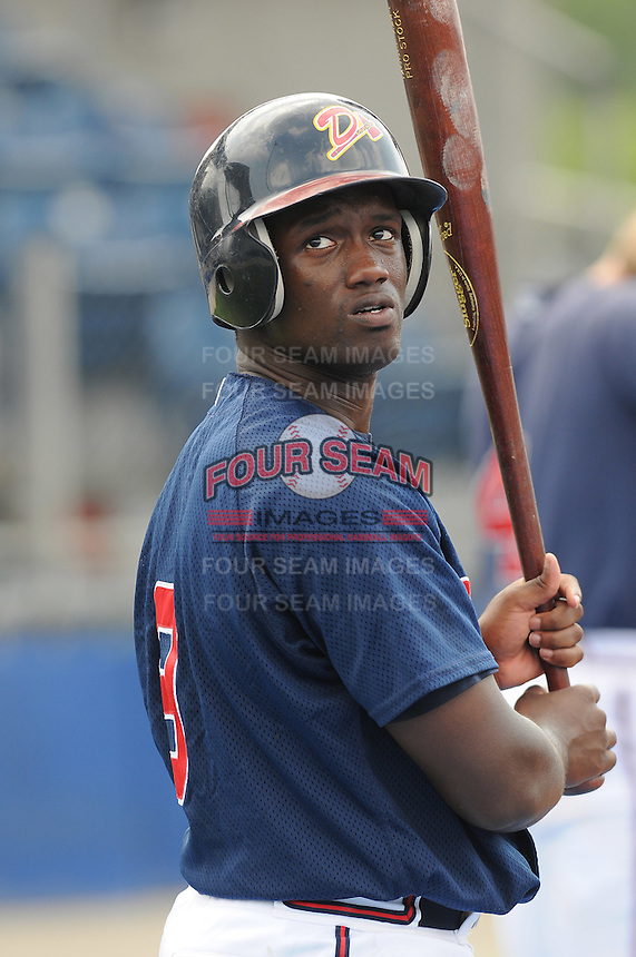 July 15, 2009: Outfielder Kuyaunnis Miles (9) of the Danville Braves, rookie Appalachian League affiliate of the Atlanta Braves, before a game at Dan Daniel Memorial Park in Danville, Va. Photo by:  Tom Priddy/Four Seam Images