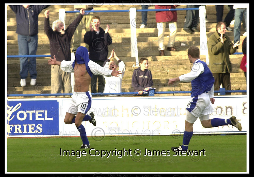 26/10/02       Collect Pic : James Stewart                     .File Name : stewart-qots v ross county 15.DEREK LYLE CELEBRATES AFTER HE SCORED THE SECOND..........James Stewart Photo Agency, 19 Carronlea Drive, Falkirk. FK2 8DN      Vat Reg No. 607 6932 25.Office : +44 (0)1324 570906     .Mobile : + 44 (0)7721 416997.Fax     :  +44 (0)1324 570906.E-mail : jim@jspa.co.uk.If you require further information then contact Jim Stewart on any of the numbers above.........