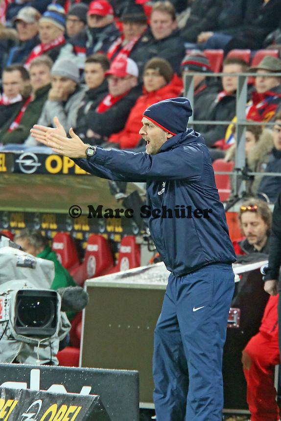 Trainer Thomas Tuchel (Mainz) regt sich auf - 1. FSV Mainz 05 vs. Hannover 96, Coface Arena, 21. Spieltag
