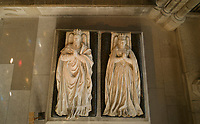 Effigies of Henri II, 1519–59, and Catherine de Medici, 1519–89, seen from above, made after the wax and wood funeral effigies used in their funeral procession, originally in the Rotonde des Valois, commissioned by Catherine de Medici in 1583 and made in marble by Germain Pilon, in the Basilique Saint-Denis, Paris, France. The basilica is a large medieval 12th century Gothic abbey church and burial site of French kings from 10th - 18th centuries. Picture by Manuel Cohen