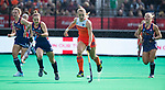 ROTTERDAM -Kyra Fortuin (Ned)   tijdens de Pro League hockeywedstrijd dames, Nederland-USA  (7-1) .  links Alyssa Manley (USA), Julia Young (USA) , rechts Ashley Hoffman (USA) COPYRIGHT  KOEN SUYK