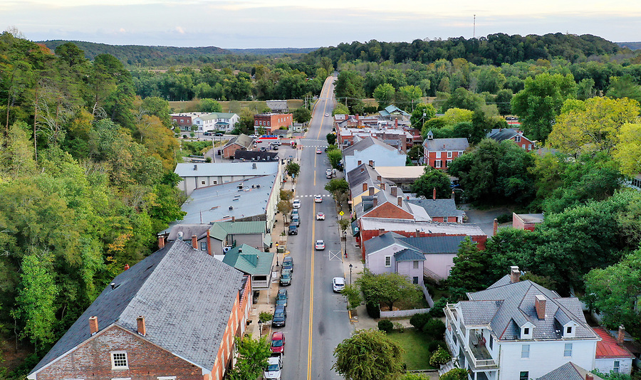 The town of Scottsville located along the James River in Albemarle County, Virginia. Photo/Andrew Shurtleff Photography, LLC