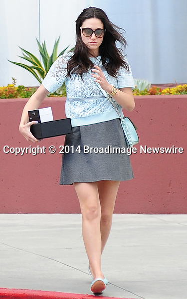 Pictured: Emmy Rossum<br /> Mandatory Credit &copy; GOLA/Broadimage<br /> Emmy Rossum takes cash out of the ATM in Beverly Hills<br /> <br /> 4/2/14, Beverly Hills, Caifornia, United States of America<br /> Reference: 040214_GOLA_BDG_ER_003<br /> <br /> Broadimage Newswire<br /> Los Angeles 1+  (310) 301-1027<br /> New York      1+  (646) 827-9134<br /> sales@broadimage.com<br /> http://www.broadimage.com
