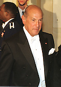 Oscar de la Renta attends the State Dinner in Washington, D.C. in honor of King Juan Carlos I of Spain on February 23, 2000..Credit: Ron Sachs / CNP