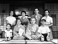 Tokyo Story (1953) <br /> Tokyo monogatari<br /> Setsuko Hara, Chieko Higashiyama, Kuniko Miyake, Mitsuhiro Mori, Zen Murase, Chishu Ryu, Haruko Sugimura, and So Yamamura <br /> *Filmstill - Editorial Use Only*<br /> CAP/MFS<br /> Image supplied by Capital Pictures