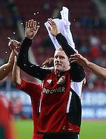 FUSSBALL   1. BUNDESLIGA  SAISON 2012/2013   5. Spieltag FC Augsburg - Bayer 04 Leverkusen           26.09.2012 Jubel nach dem Sieg Andre Schuerrle (Bayer 04 Leverkusen)