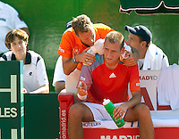 6-3-09,Argentina, Buenos Aires, Daviscup  Argentina-Netherlands,  Thiemo de Bakker krijgt een ijspak in zijn nek van captain Jan Siemerink