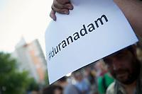 """Mehrere hundert Menschen zogen am Freitag den 21. Juni 2013 mit einem Musik- und Tanz-Umzug durch Kreuzberg. Motto des Umzugs war das vom tuerkischen Praesidenten Erdogan kreierte Schimpfwort """"Capulcu"""", mit dem er die Demonstranten im Gezi-Park in Istanbul tituliert hatte. Seit dem wird diese Bezeichnung europaweit von widerspenstgen Menschen mit Stolz verwendet.<br />21.6.2013, Berlin<br />Copyright: Christian-Ditsch.de<br />[Inhaltsveraendernde Manipulation des Fotos nur nach ausdruecklicher Genehmigung des Fotografen. Vereinbarungen ueber Abtretung von Persoenlichkeitsrechten/Model Release der abgebildeten Person/Personen liegen nicht vor. NO MODEL RELEASE! Don't publish without copyright Christian-Ditsch.de, Veroeffentlichung nur mit Fotografennennung, sowie gegen Honorar, MwSt. und Beleg. Konto:, I N G - D i B a, IBAN DE58500105175400192269, BIC INGDDEFFXXX, Kontakt: post@christian-ditsch.de<br />Urhebervermerk wird gemaess Paragraph 13 UHG verlangt.]"""