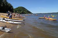NWA Democrat-Gazette/FLIP PUTTHOFF<br /> Paddlers set off down the Mississippi River     July 2015  after a break.