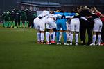 03.12.2017, Platz 11, Bremen, GER, DFB Pokal der Frauen, Achtelfinale, SV Werder Bremen vs SGS Essen, <br /> <br /> im Bild | picture shows<br /> Spielerkreise Werder und SGS, <br /> <br /> Foto &copy; nordphoto / Rauch