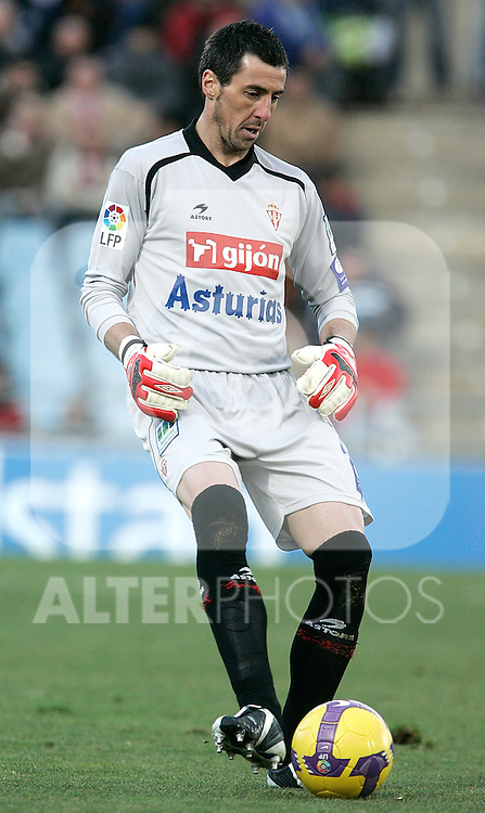 Sporting de Gijon's Inaki Lafuente during La Liga match, January 25, 2009. (ALTERPHOTOS).