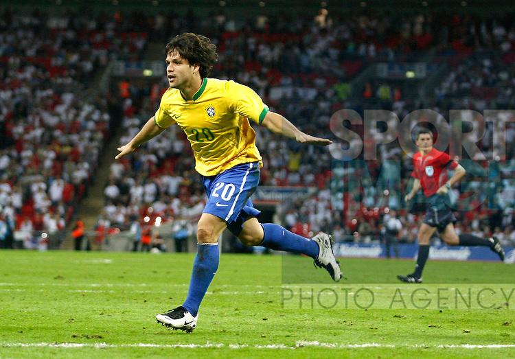 Brazil's Diego celebrates his goal..International Friendly..England v Brazil..1st June, 2007..--------------------..Sportimage +44 7980659747..admin@sportimage.co.uk..http://www.sportimage.co.uk/