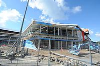 SCHAATSEN: HEERENVEEN: IJsstadion Thialf, 23-09-2015, Ver(nieuw)bouw, ©foto Martin de Jong