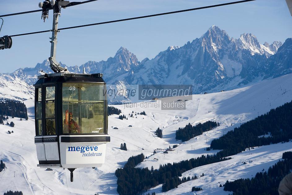 Europe/France/Rhone-Alpes/74/Haute-Savoie/Megève: les télécabines de Rochebrune