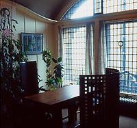 C.R. Mackintosh: Glasgow School of Art. Director's Office, 1897-99. (Photo '87)
